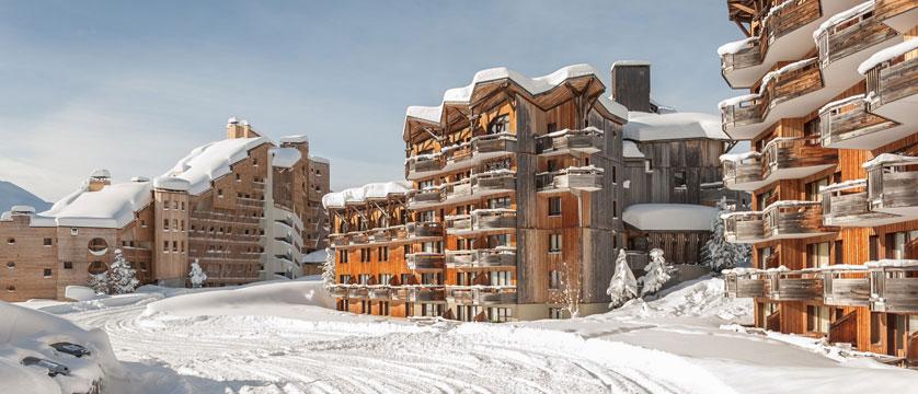 france_avoriaz_le-saskia-apartments_exterior3.jpg